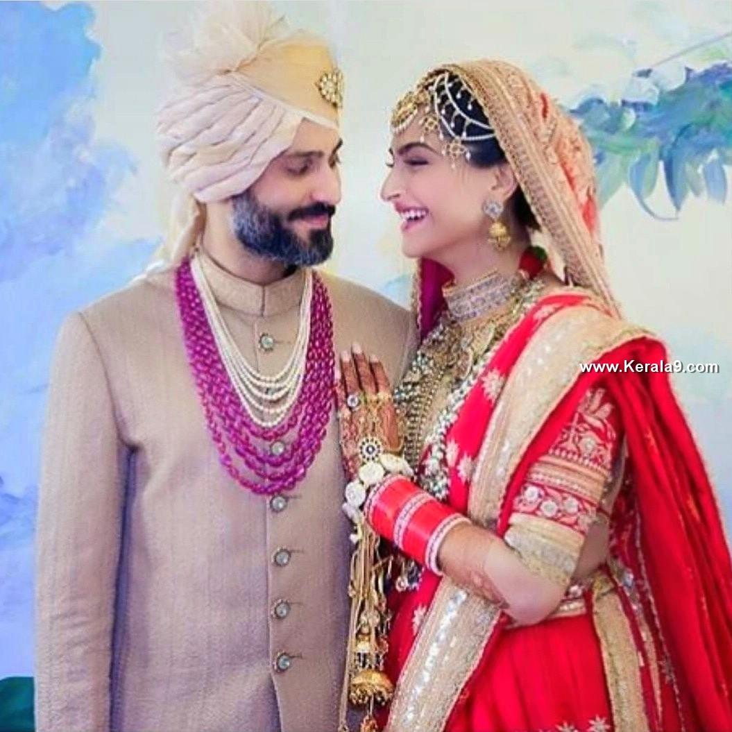 sonam kapoor wedding pics 093221 1