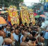 sree padmanabhaswamy temple arattu ghoshayathra 2016 stills 369 001