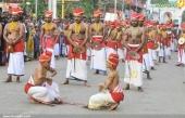 sree padmanabhaswamy temple velakali pictures 222 002