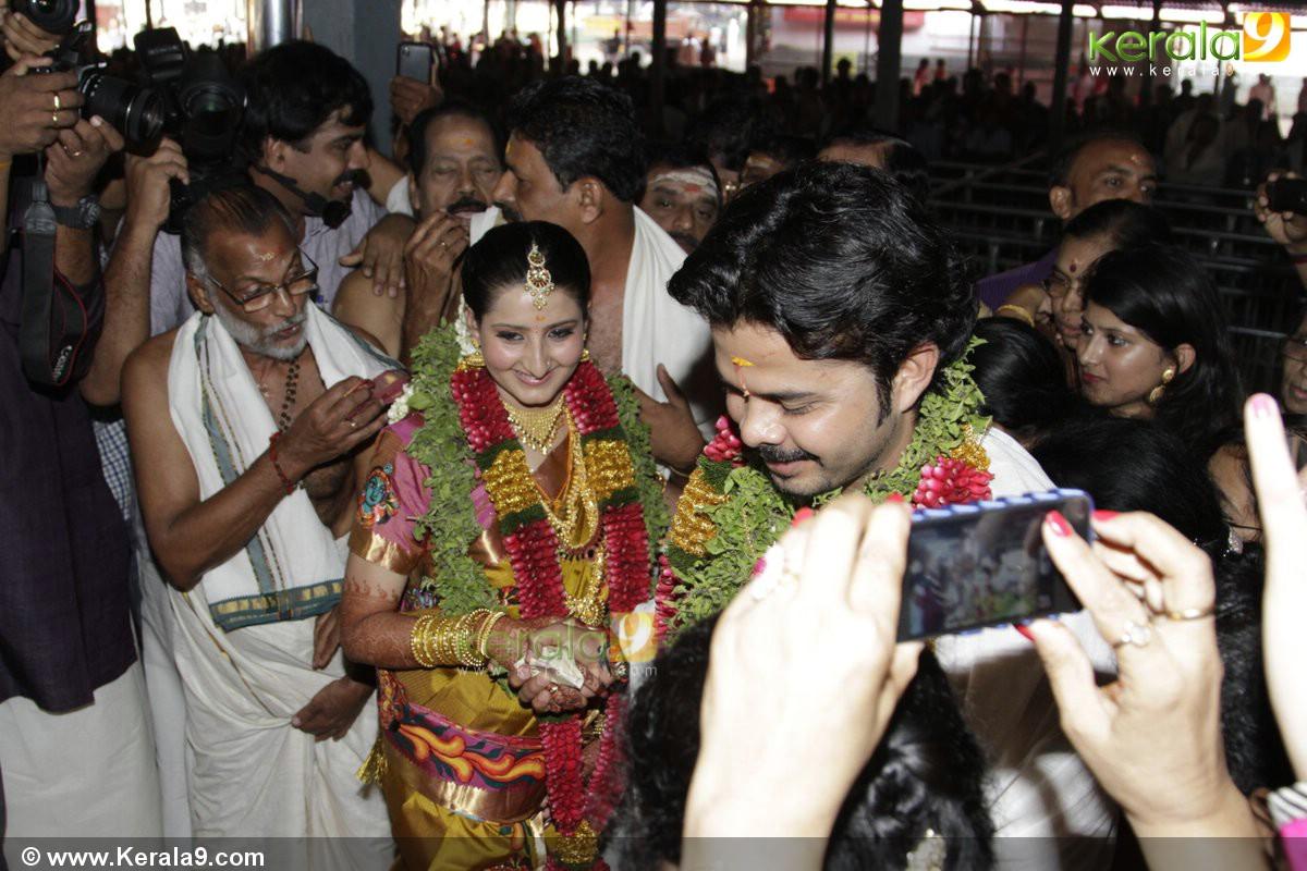 Sreesanth Gallery: Sreesanth_marriage_pics60