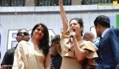 sunny leone at fone4 kochi inauguration photos 009
