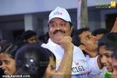 suresh gopi in mini marathon trivandrun pictures 369 003
