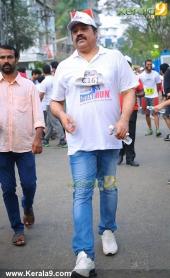 suresh gopi in mini marathon trivandrun stills 357 004