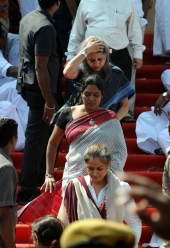 jayalalitha funeral photos 100