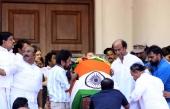rajinikanth at jayalalitha funeral pics 139 003