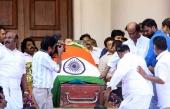 rajinikanth at jayalalitha funeral pics 139 004