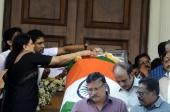rajinikanth at jayalalitha funeral pics 139