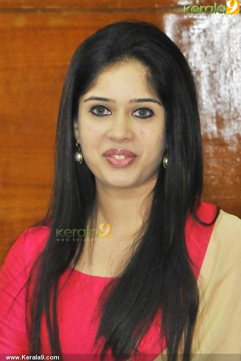 ulkadal at 40 book launch parvathy ratheesh pics 500 00