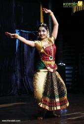 uthara unni bharatanatyam photos 120 114
