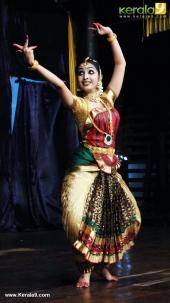 uthara unni bharatanatyam photos 120 115