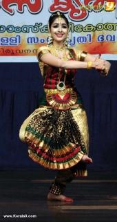 uthara unni bharatanatyam pics 100 008