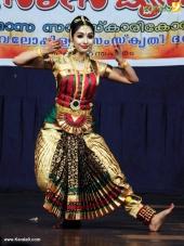 uthara unni bharatanatyam pictures 300 003