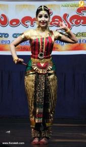 uthara unni bharatanatyam pictures 300 004