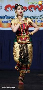 uthara unni bharatanatyam stills 368 00