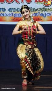 uthara unni bharatanatyam stills 368 011