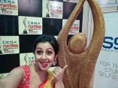 nikki galrani at vanitha film awards 2015 photos