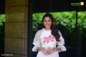amala paul at vip 2 movie promotion photos 116 009