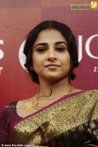 2863vidhya balan at joy alukkas inauguration photo gallery 77 0