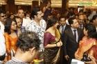 7340vidhya balan at joy alukkas inauguration photo gallery 77 0