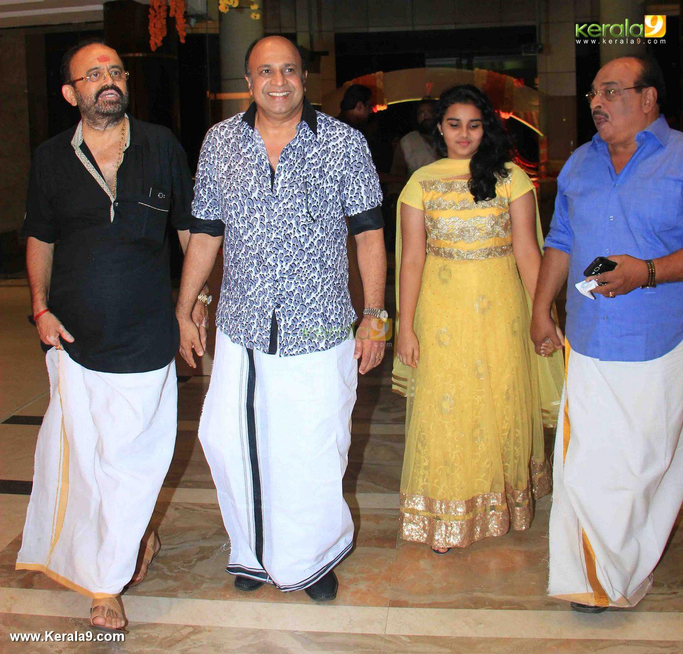 actor siddique at vijayaraghavan son wedding reception photos 092 039