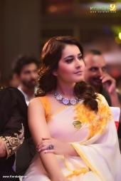 rashi khanna at villain malayalam movie audio launch photos 115 005