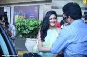 vimala raman at fwd cover launch photos 100 040