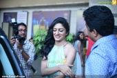 vimala raman at fwd cover launch photos 100 041