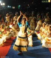 vinduja menon dance performance pics 102