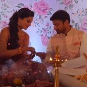 vishnu priya engagement photos
