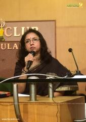 revathi at wcc press meet held at kochi photos 9
