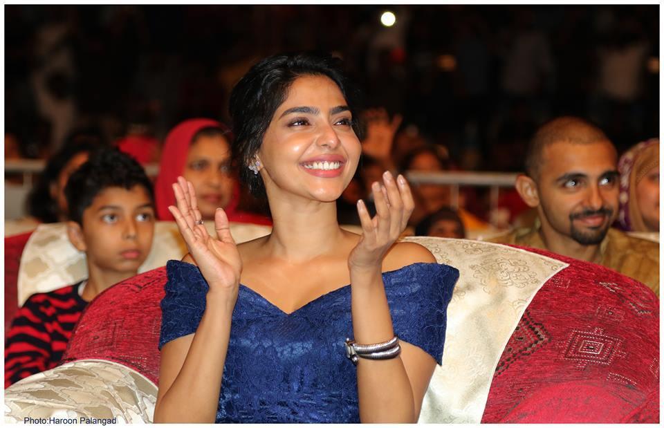 aishwarya lekshmi at yuva awards 2017 photos 125