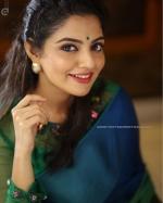 actress nikhila vimal pictures  7