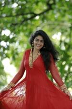 nimisha sajayan photos 123