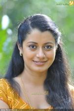 praise the lord malayalam movie reenu mathews stills