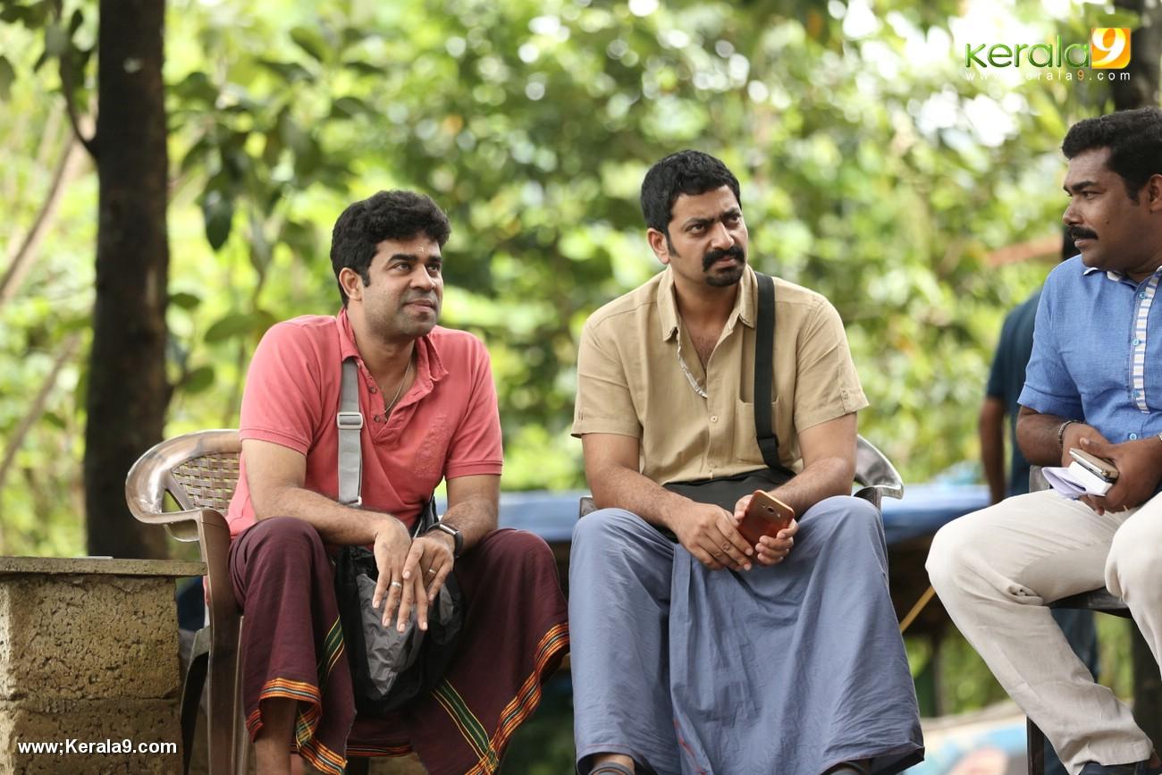 aadu 2 malayalam movie images 889