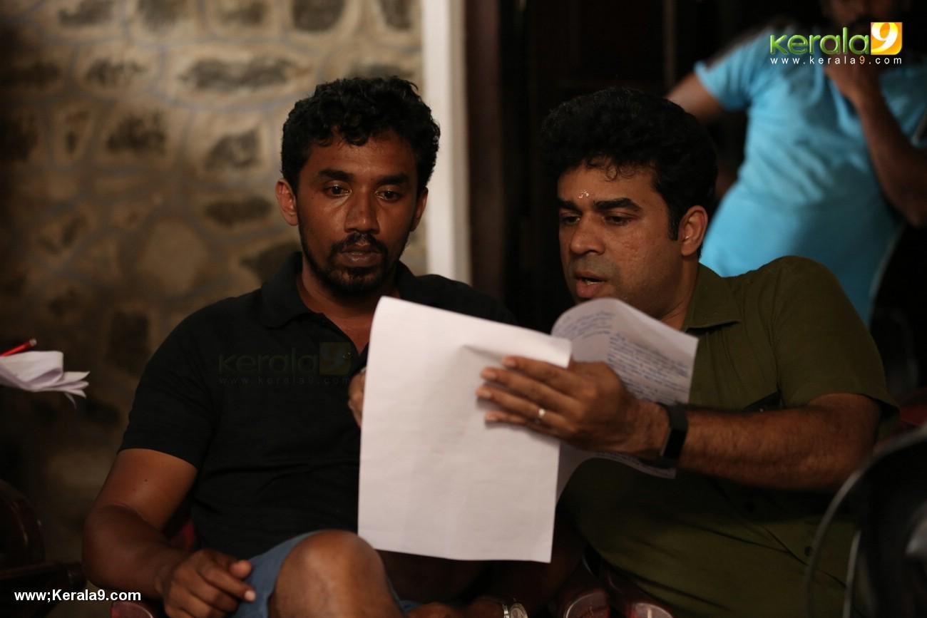 aadu 2 malayalam movie photos 121 005