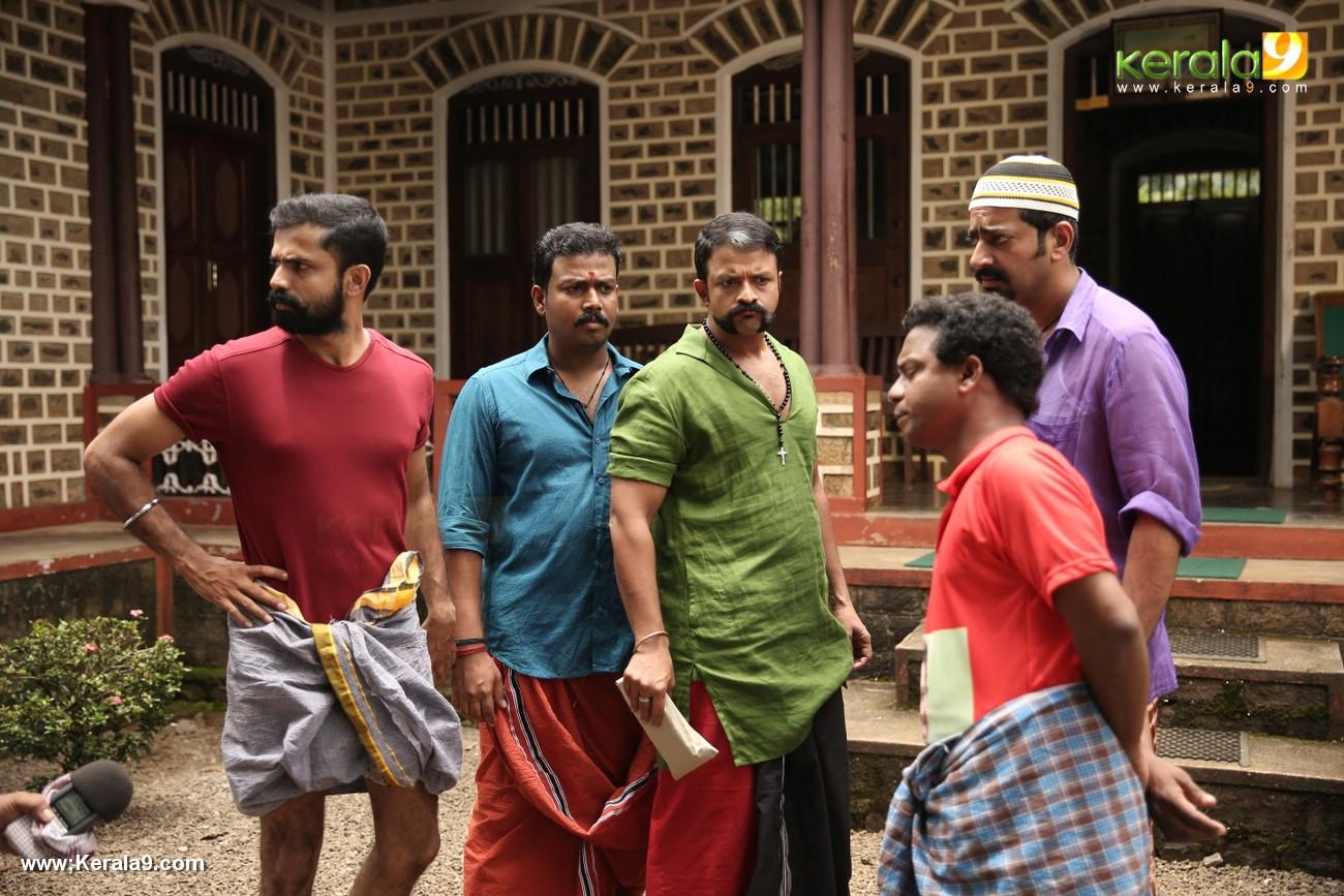aadu 2 malayalam movie pictures 222