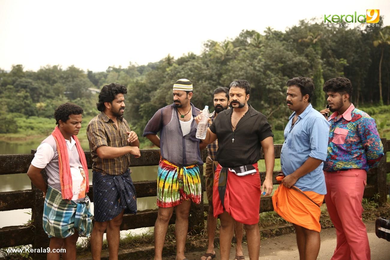 aadu 2 movie latest stills