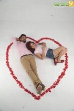 abhiyude kadha anuvinteyum movie stills  10