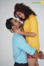 abhiyude kadha anuvinteyum movie stills  8