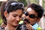 2889abhiyum naanum movie stills 04 0