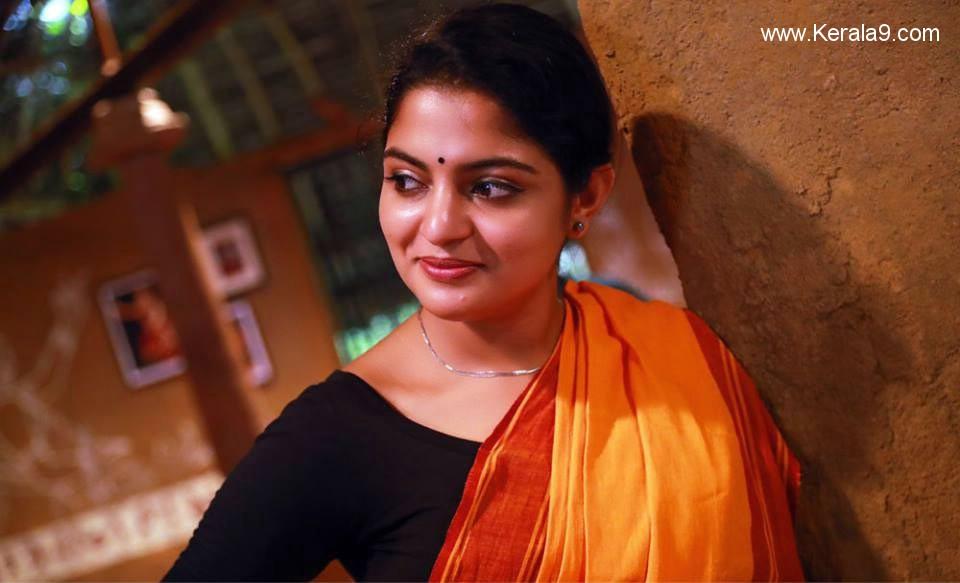 actress nikhila vimal in aravindante adhithikal movie stills