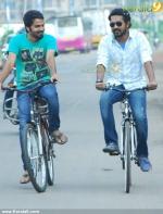 5522bicycle thieves malayalam movie stills