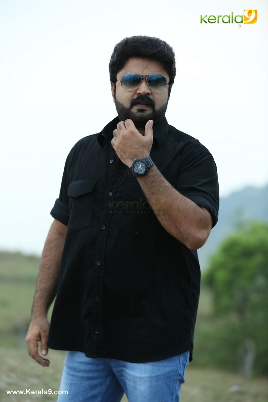chanakya thanthram malayalam movie stills  00