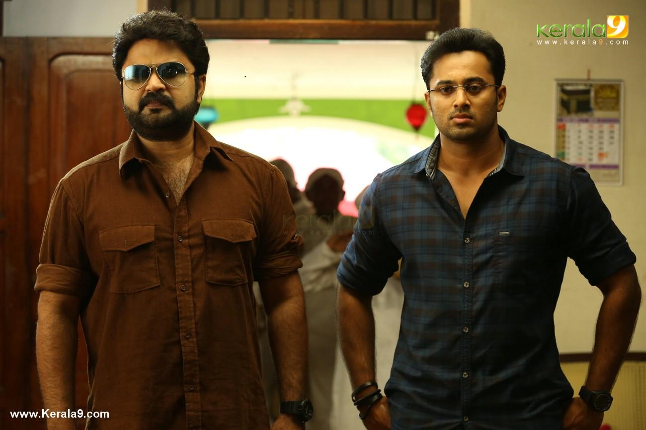 chanakya thanthram malayalam movie stills  003