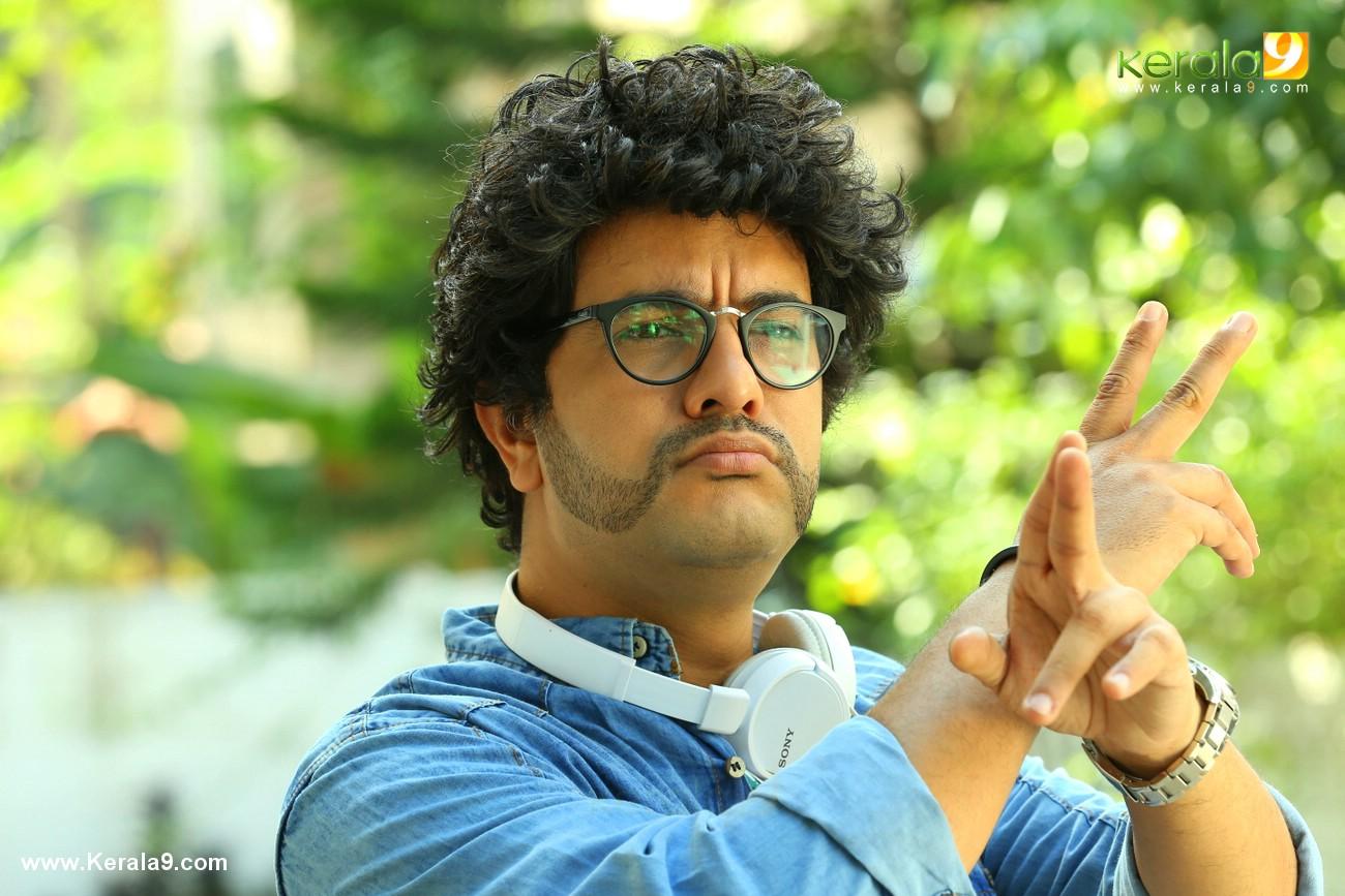 ramesh pisharody in chanakya thanthram movie stills 11