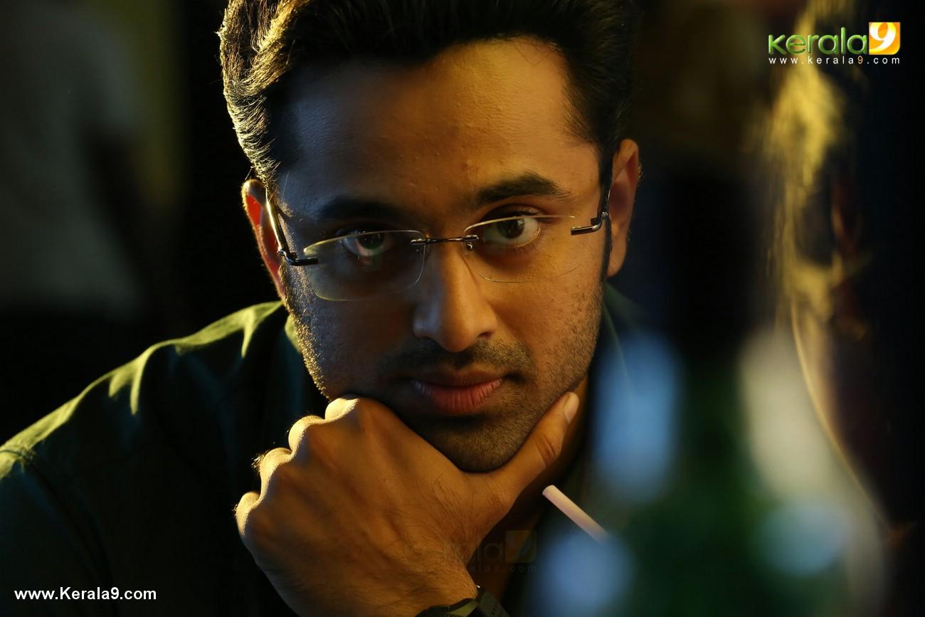 unni mukundan in chanakya thanthram movie stills 3