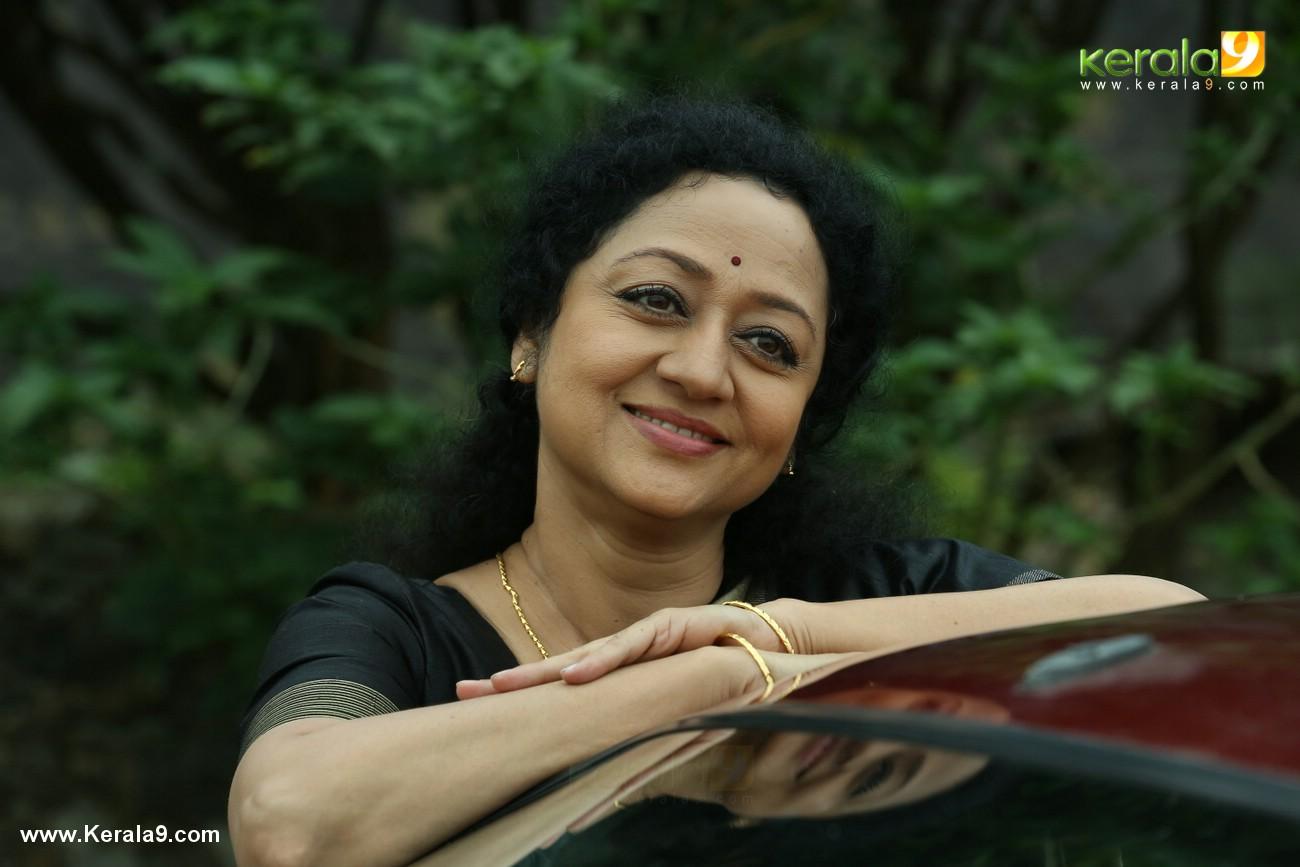 chanakya thanthram movie stills 41