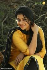 actress shruthi ramachandran in chanakya thanthram movie stills 30
