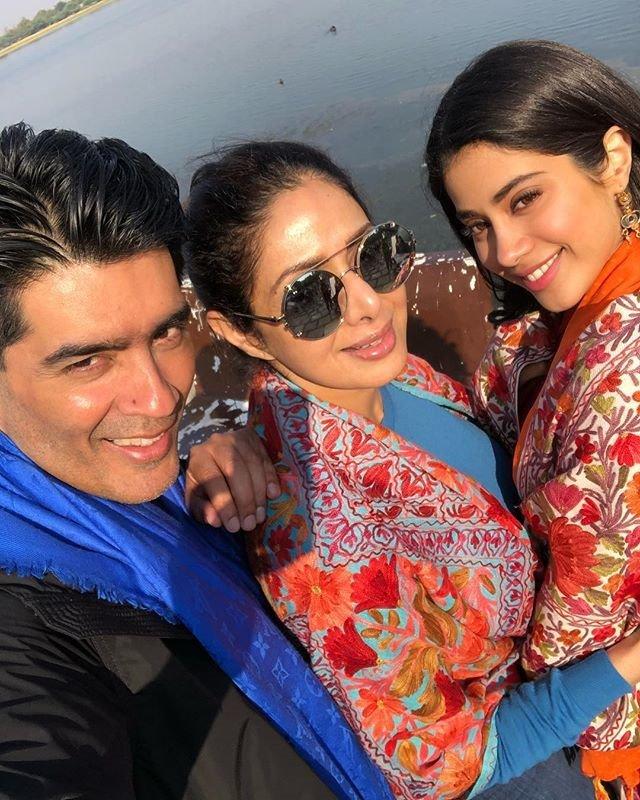 sridevi daughter jhanvi kapoor movie dhadak location photos